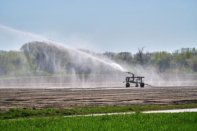 irrigation-agriculture-water-cannon-5092340-1024x682